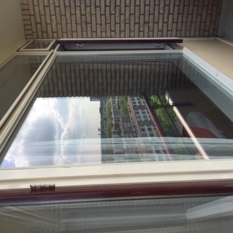 Renovatie van enkel naar dubbelglas op de 10e etage gallerij afbeelding 2